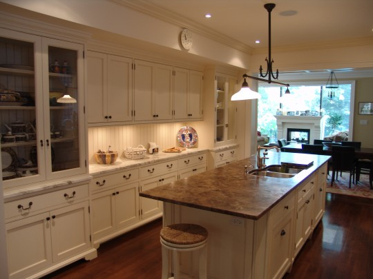 Wooden accents furniture repair and cabinets refinishing for Kitchen cabinets repair